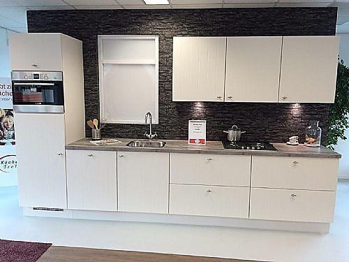 Nobilia showroomkeuken modern landelijk keukenblok in magnolia lak ...