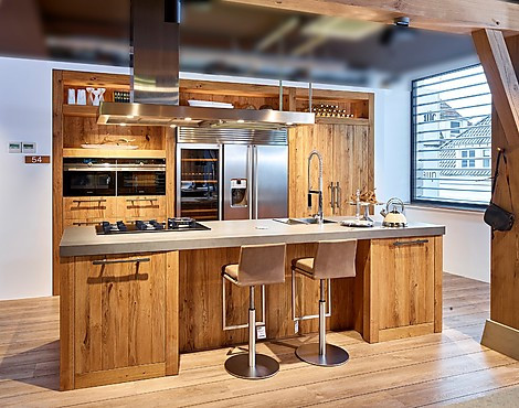 Showroomkeukenbeurs landelijke keukens als voordelige showroomkeukens