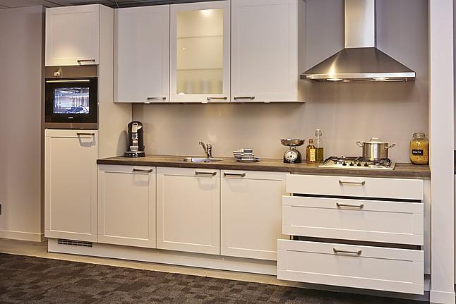 Overige showroomkeuken rechte keuken showroomkeuken in rijssen