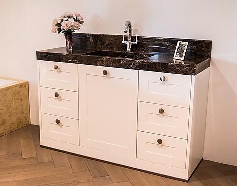 uitverkoop meubels badkamer wastafels afgeprijsd