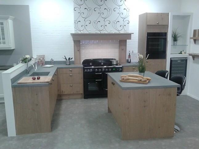 Beda Keukens Showroom : Overige showroomkeuken massief eiken keuken showroomkeuken in