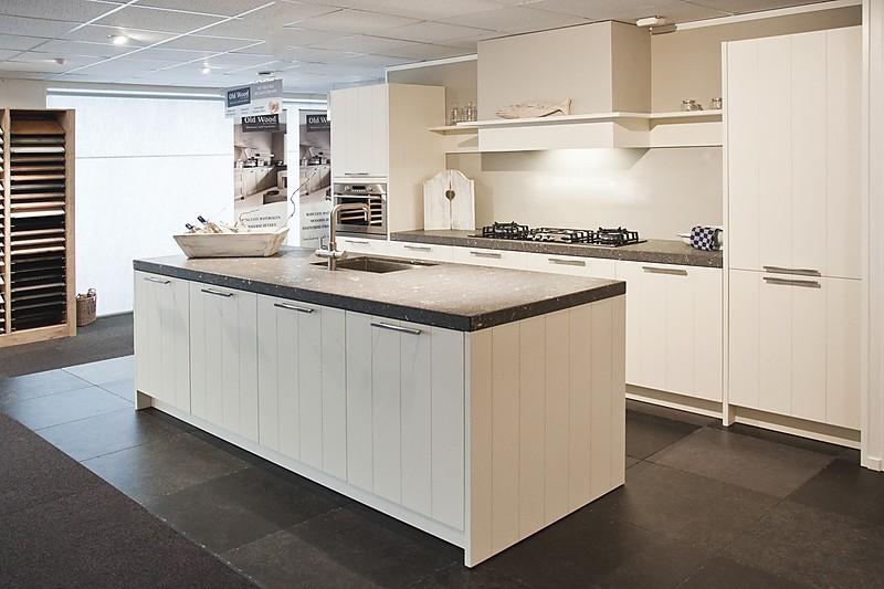 ... Old Wood keuken: showroomkeuken in Goes von Pelma Keukens b.v