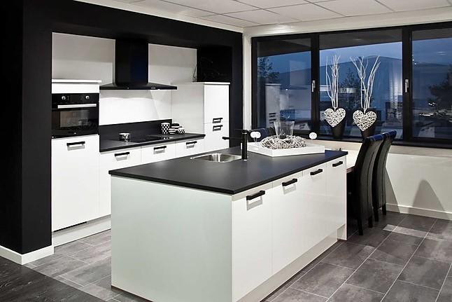 Keuken Outlet Goes : Overige showroomkeuken keuken met keukeneiland: showroomkeuken in