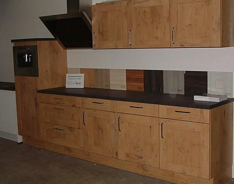 Rechte keuken magnoliawit x strakke keuken met hoogglans wit front lengte cm broos - Keuken in lengte ...