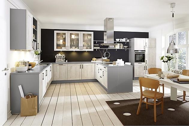 Verlichting Keuken Zonder Bovenkasten : Gezellige keuken met kader fronten en mineraal grijs aanrechtblad. De
