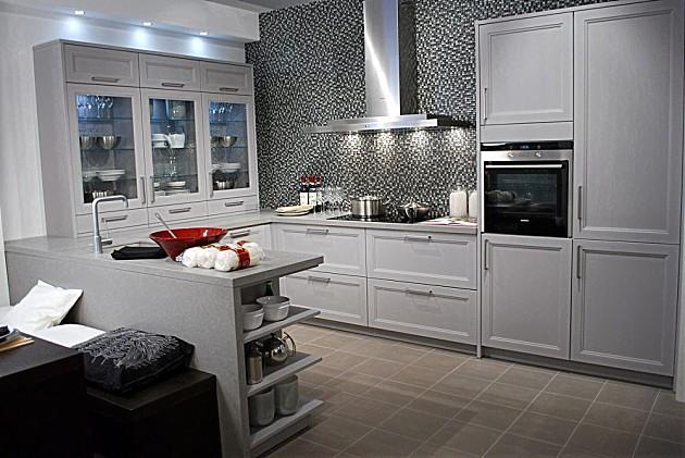 Sch ller keukens keukenfoto 39 s in de keukengalerie - Foto grijze keuken en hout ...