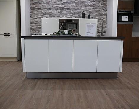 Showroomkeukenbeurs: kleine keuken en minikeuken in de uitverkoop
