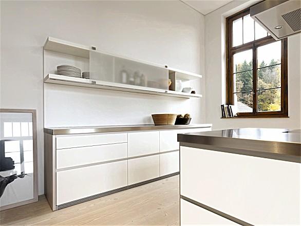Greeploze design keuken b1 met kookeiland wit en staal (bulthaup)