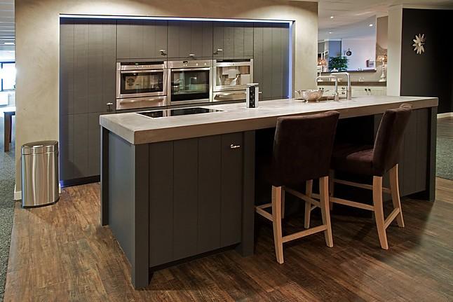 Arma Keukens Nunspeet : Overige showroomkeuken old wood keuken showroomkeuken in nunspeet