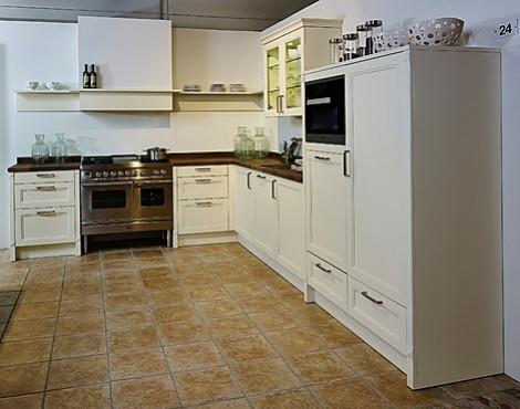 Contur Keukens Kwaliteit : Eiland keukens outlet. gezellige met fornuis en massief houten