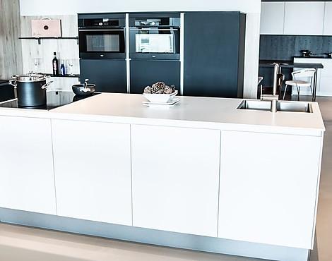 Mat keuken zwart - Witte matte tegel ...