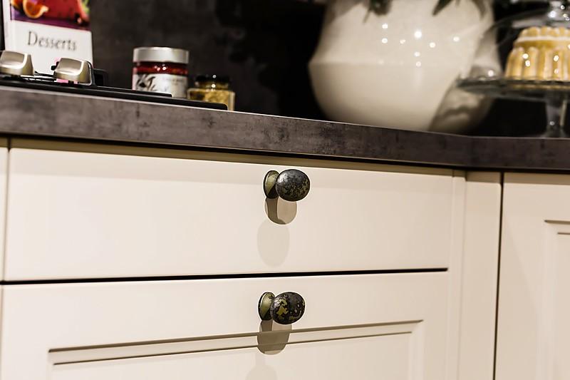 Keukenkasten Met Apparatuur : Overige-showroomkeuken Landelijke keuken ...