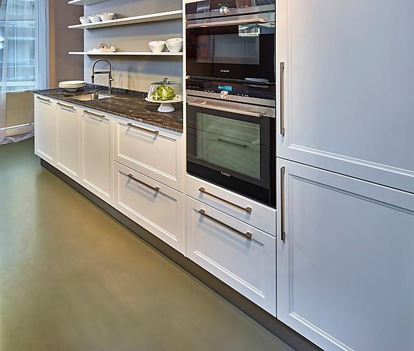 Schüller Showroomkeuken Moderne landelijke keuken met