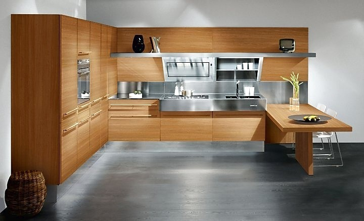 Houten keuken gecombineerd met metaal - Foto grijze keuken en hout ...