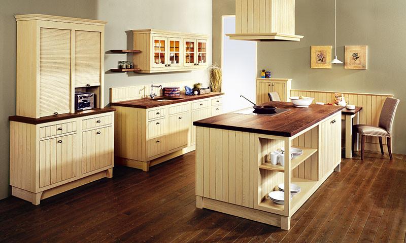 Landelijke keuken engels in cottage stijl for Kleine landhausküche