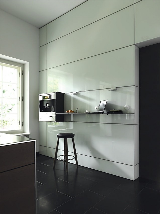 multifunctionele wand van de design keuken b3 hoogglans wit. Black Bedroom Furniture Sets. Home Design Ideas