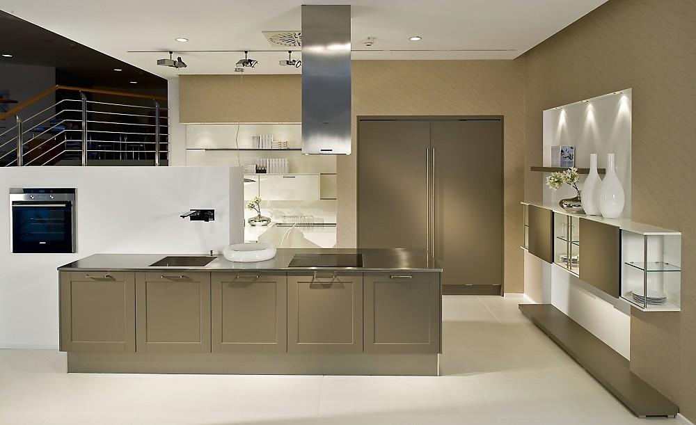 hangkast keuken awesome hangkast keuken with hangkast keuken keuken heerenveen with hangkast. Black Bedroom Furniture Sets. Home Design Ideas