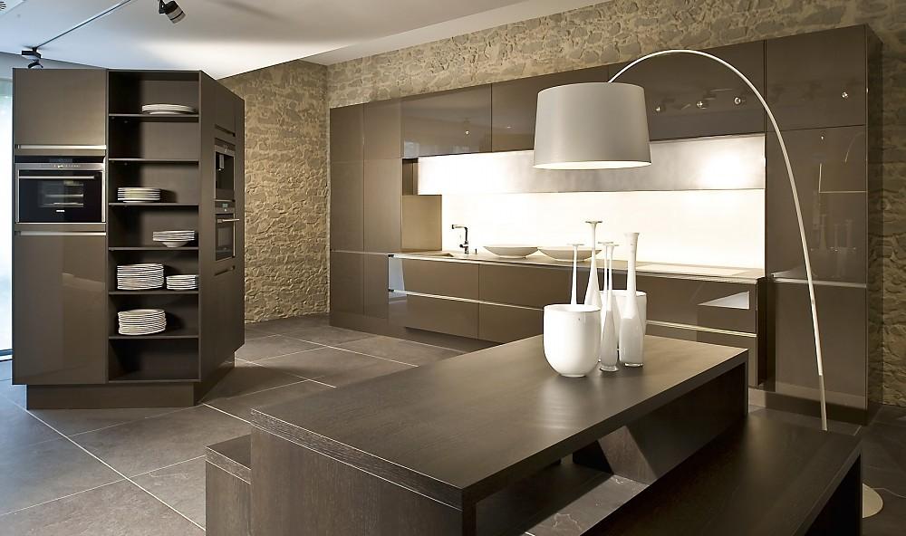 Keukenwand: Tegels op keukenwand. Mozaïek tegels tegen de keukenwand ...