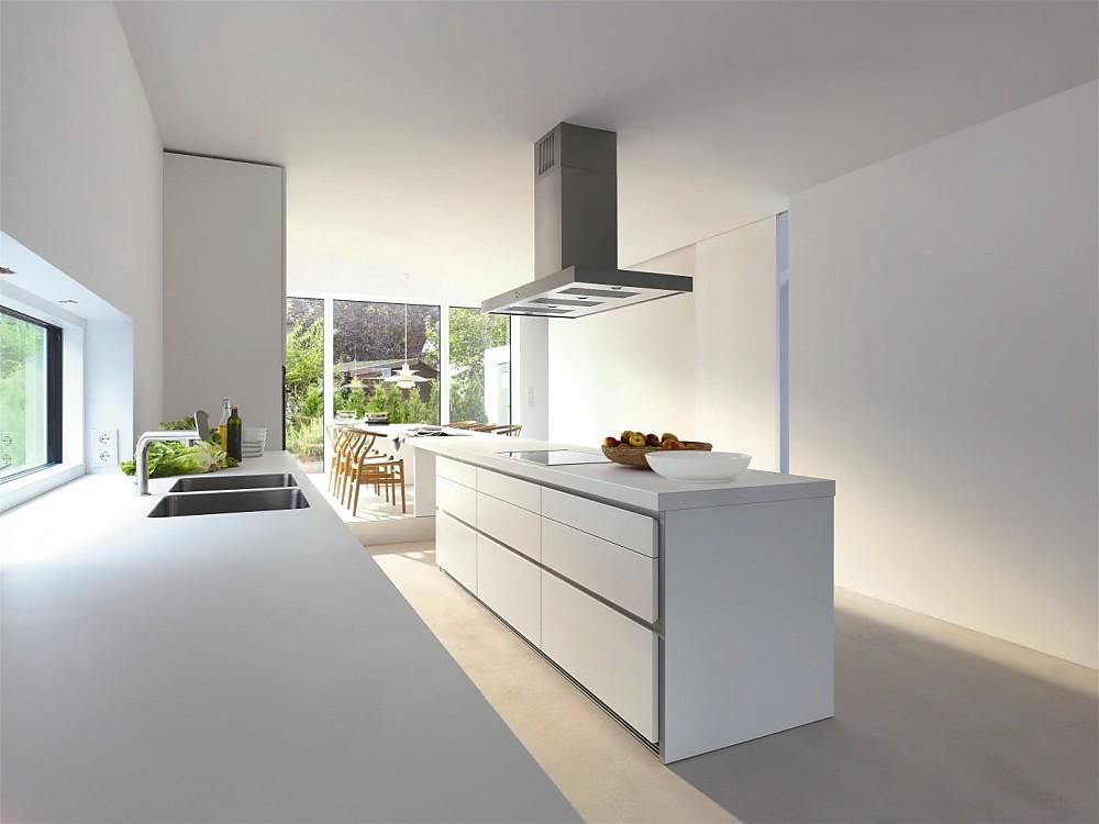 Greeploze design keuken b1 wit met eiland en eetbar