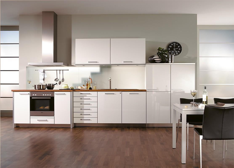 Forum bloesem wit - Keuken uitgerust voor klein gebied ...